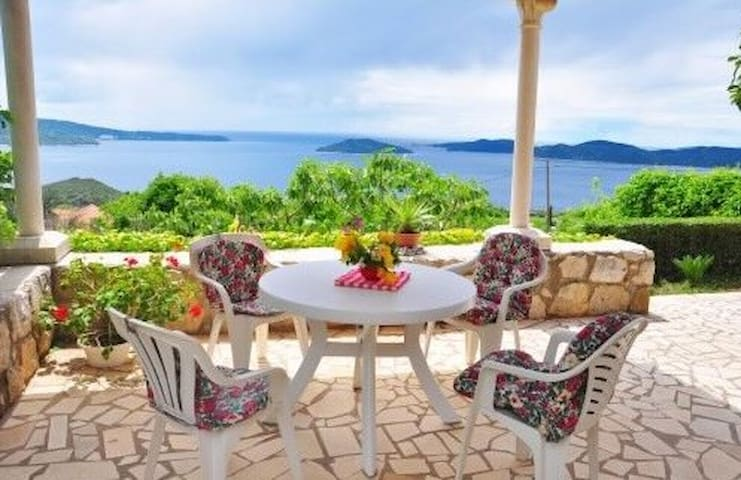 Traditional house & terrace & sea view - Dubrovnik - Casa