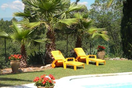 Studio rdc villa jardin piscine - Rumah