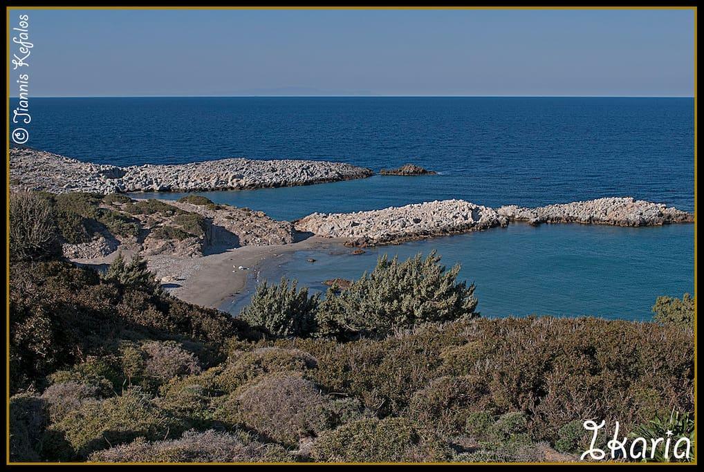 walking  to Saint georgios beach