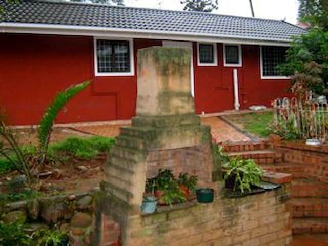 guest house athlone park - Durban - Casa
