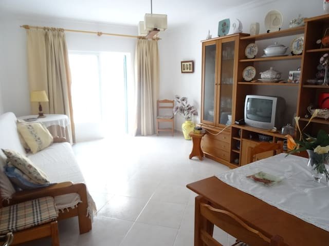 Tavira - Moradia T2, 2WC, Quintal - Tavira - Huis