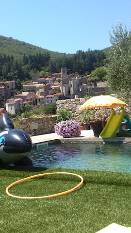 Cévennes maison plus studio avec piscine - Saint-André-de-Majencoules - Casa