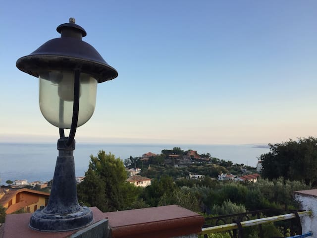 Beautiful sea sight view apartment - Stalettì - Huoneisto