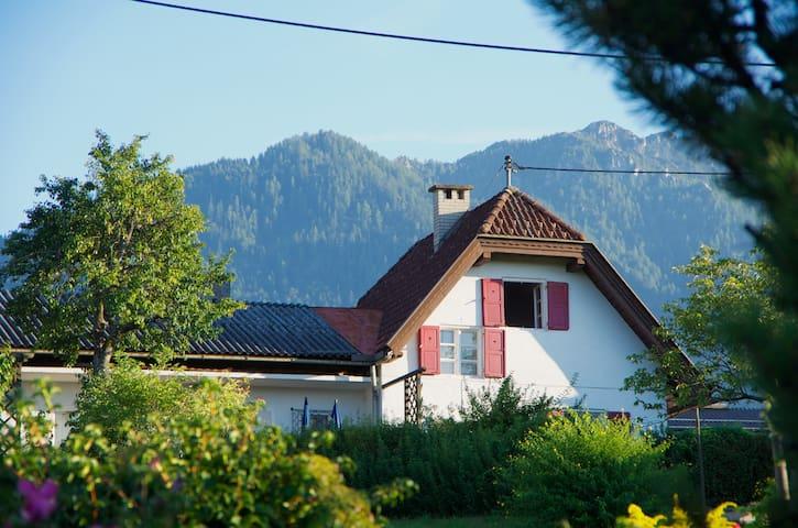 Knusperhäuschen in Seenähe - Ganzjahresparadies