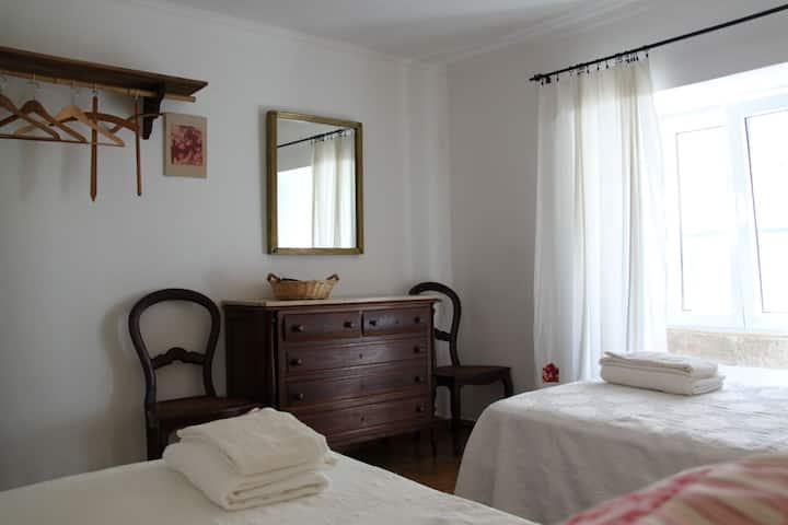 Apart. Romântico / Vila histórica