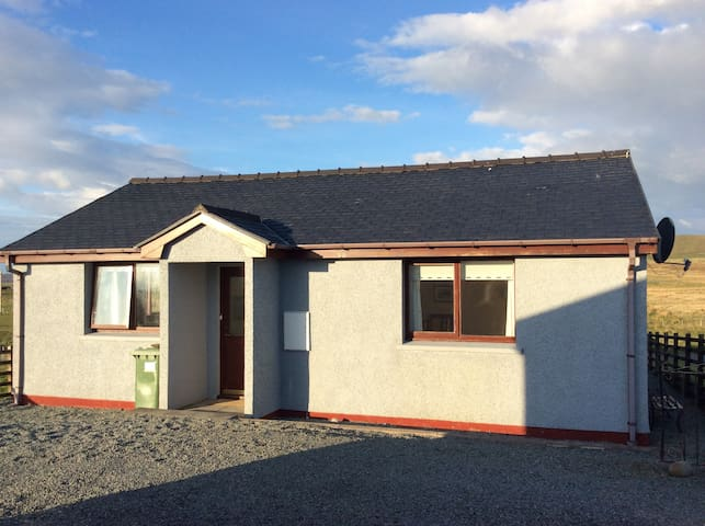 Cottage with sea views, north Skye