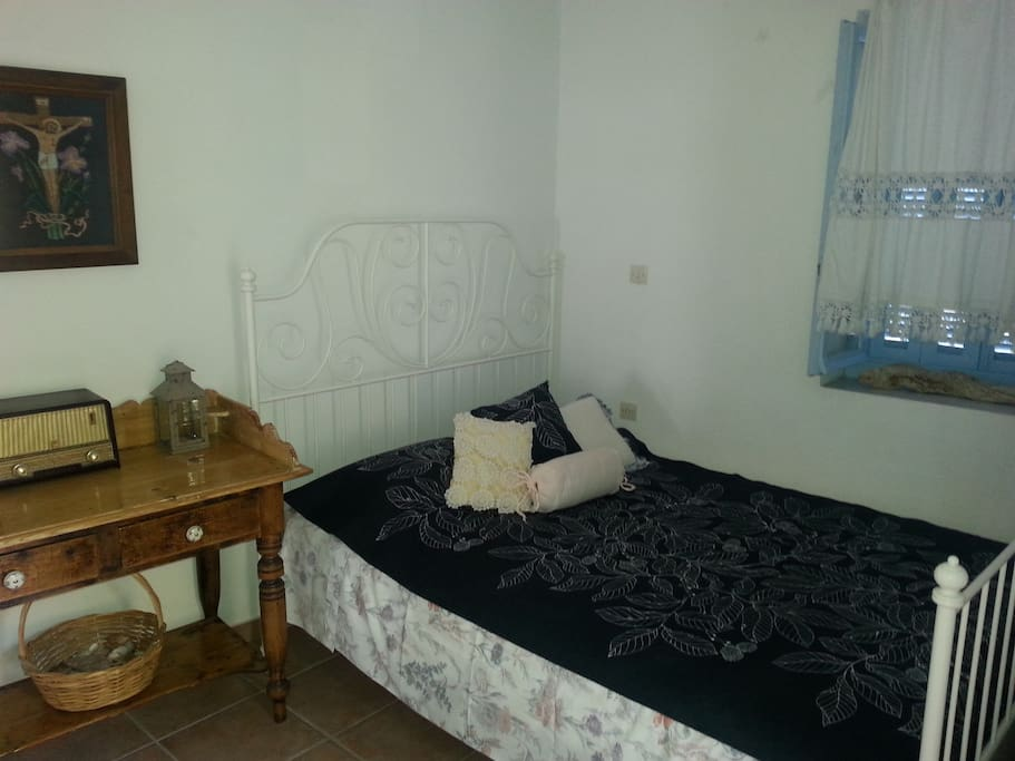 Second bedroom for 2 persons featuring original furniture