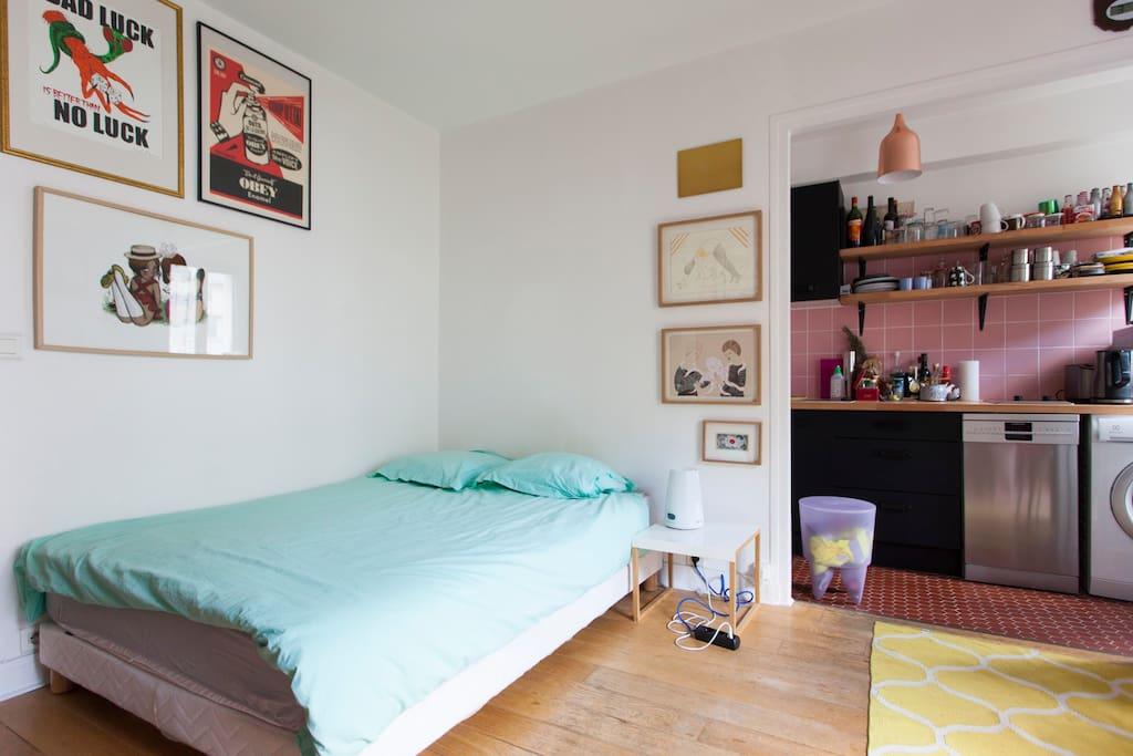 The bed, comfy, 140 x 190.