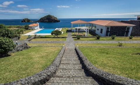 374 CK seaside guest house