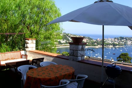 House with full sea view - Villefranche-sur-Mer - Haus