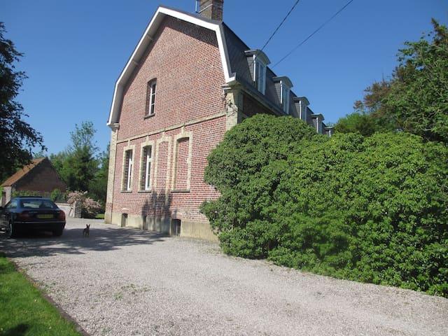 Maison de maitre napoléonienne - Éperlecques - Гестхаус