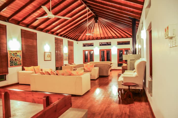 Tranquil Vila,  Kandy Luxury awaits - Digana - Casa de camp