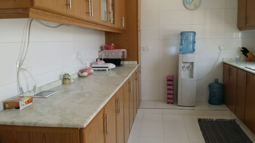Calm location with very nice view - Muscat - Departamento