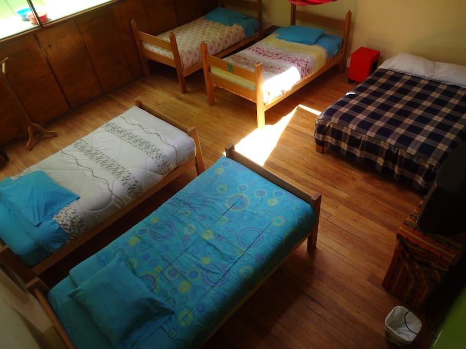Habitaci n quintuple chambres d 39 h tes louer cusco for Habitacion quintuple