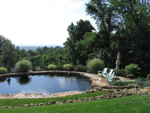 Beautiful Retreat*Views*POOL*Woods*Wired*History*