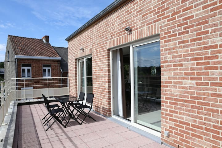 Mons 2017 top 20 holiday lettings mons holiday rentals mons 2017 top 20 holiday lettings mons holiday rentals apartments airbnb mons wallonie belgium solutioingenieria Gallery