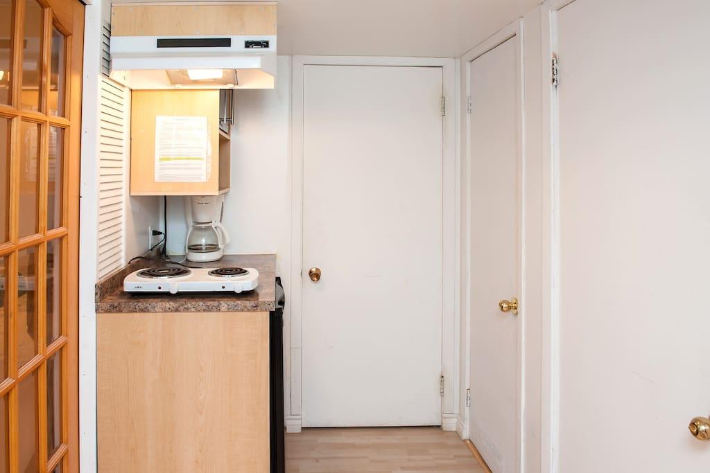 open kitchen whit all the utiles