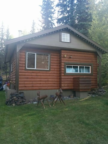 Sheridan lake cozy cottage - Lone Butte