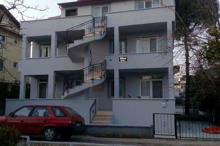 1+1 ve 2+1 denize 100 mt full eşya - Burhaniye - Διαμέρισμα