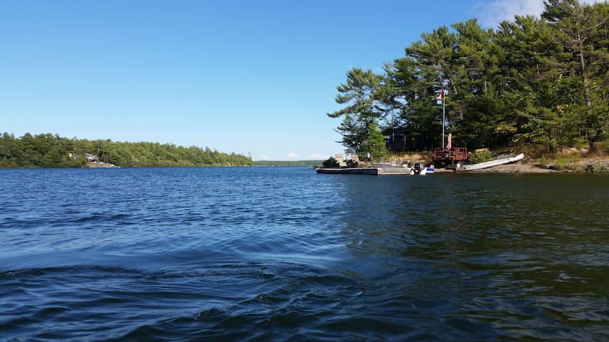 Cottage/Private PAB Island on gorgeous GeorgianBay