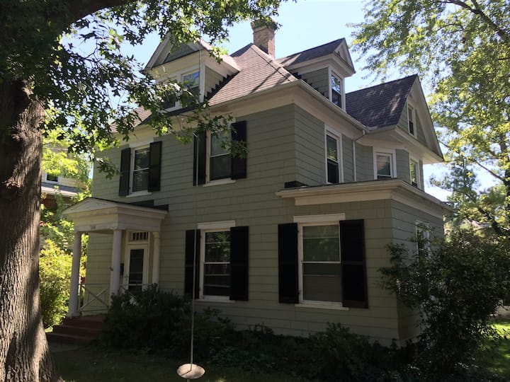 Cambridge home in historic west end