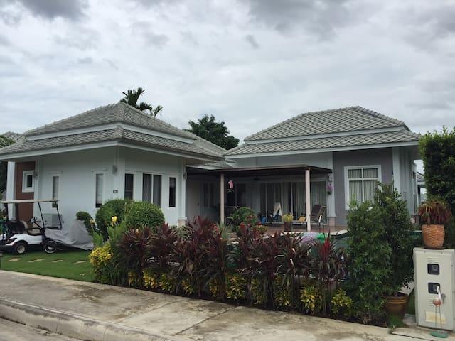 Great 2Bd villa with large pool! - Hin Lek Fai - Villa