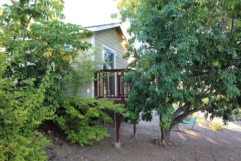 Cozy Retreat on Cherimoya Grove