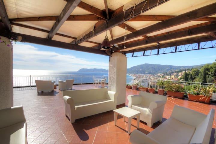 Best panoramic view of Alassio