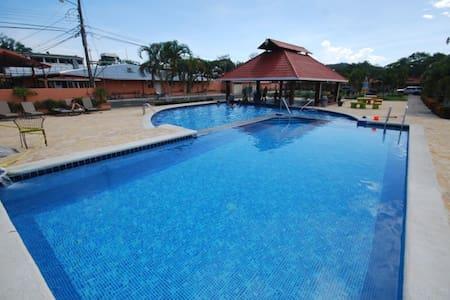 WEEK SPECIAL SEP -NOV. Cozy villa in Paradise. B52 - Jacó - Villa