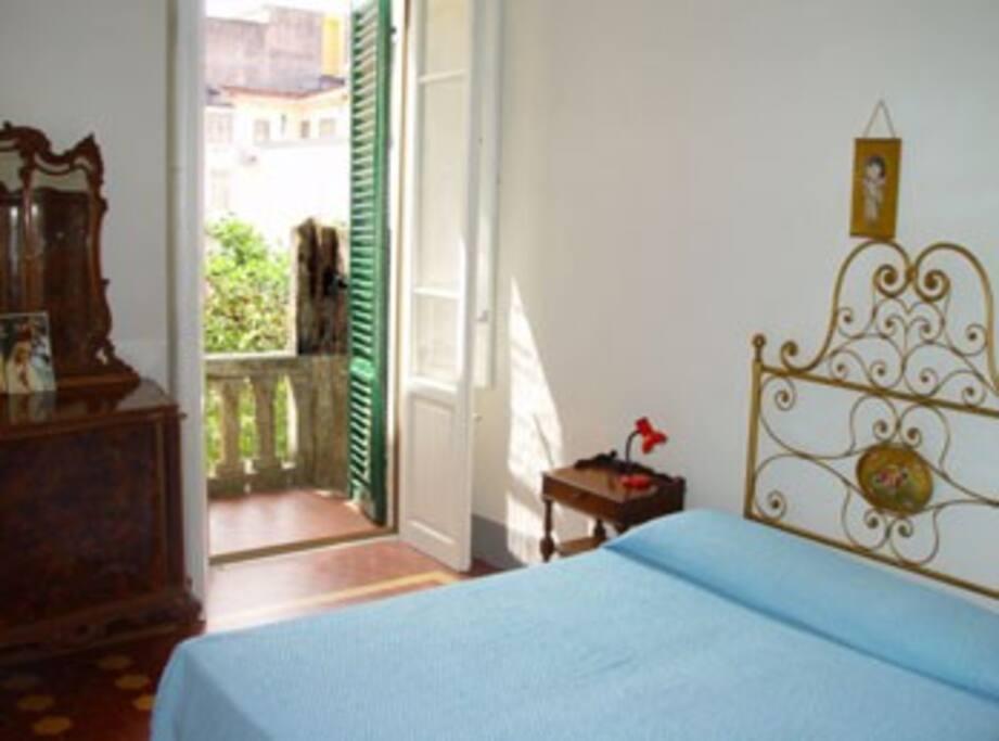 Casa viareggina 6 posti letto houses for rent in for Piani di casa sotto 500 piedi quadrati