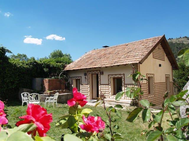 Casa en Finca singular - El Espinar - Hus