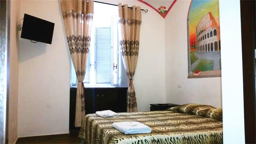 Private  room in Termini Station wc - Rome - Other