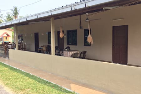Almosta Ranch Homestay Port Dickson - Si Rusa
