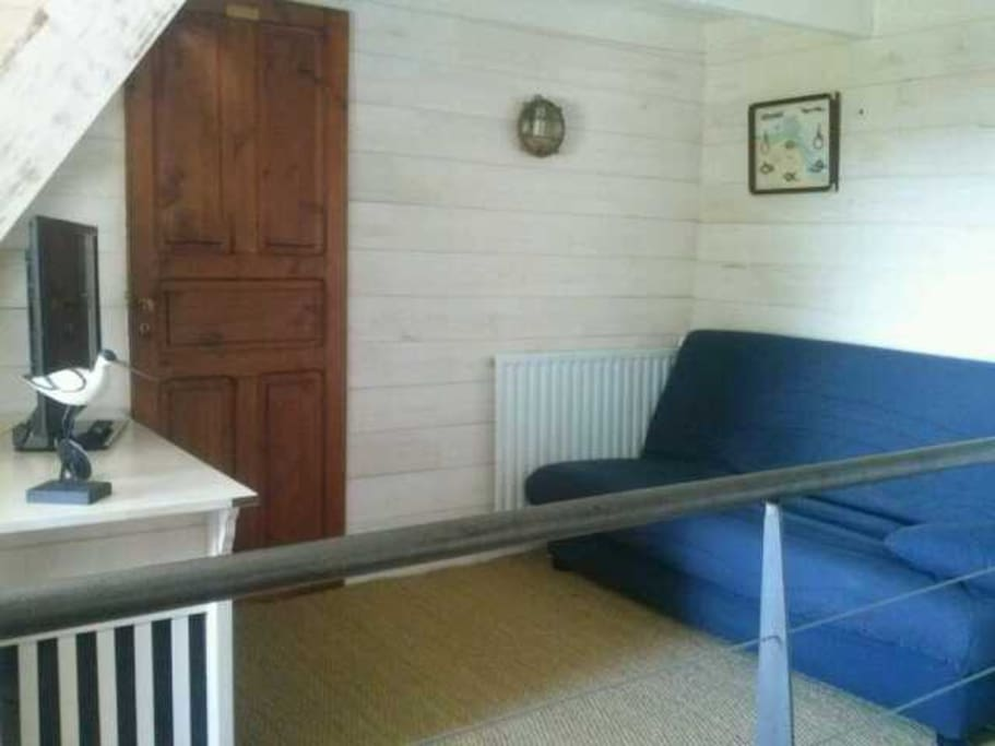 La mezzanine avec canapé lit de qualité pour 2 personnes