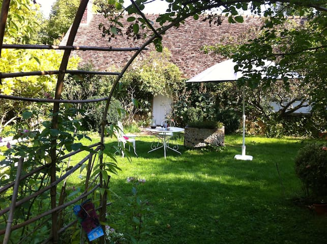 The Alice Butler's House - Giverny - 一軒家