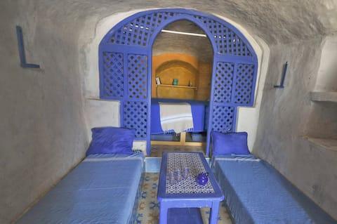 BATO TROGLO, grotte de pêcheur