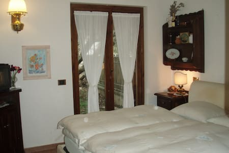 Nice room in Rome's countryside - Canale Monterano