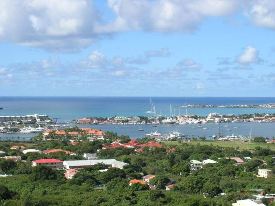 St Maarten 1 bed apt  with  views