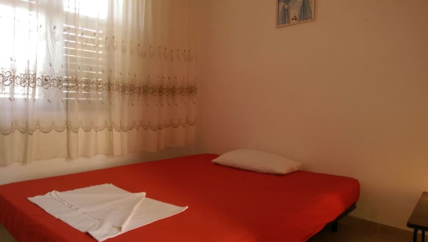 "Villa ""DUDA"" APARTMENT for 2 people - Velika Plaža, Donji Štoj, Ulcinj - Lägenhet"