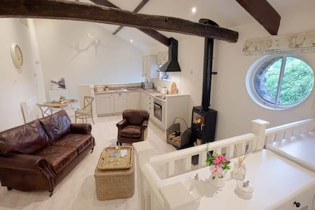 Linton Court - Hayloft 2 - Settle