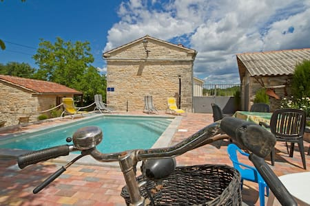 Stone pool house in heart of Istria - Žminj