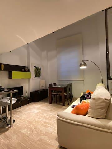 ALOJA SEVILLA - Apartamento Duplex Arroyo