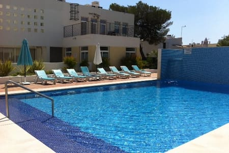 Spacious Two Bedroomed Apartment - Cabanas