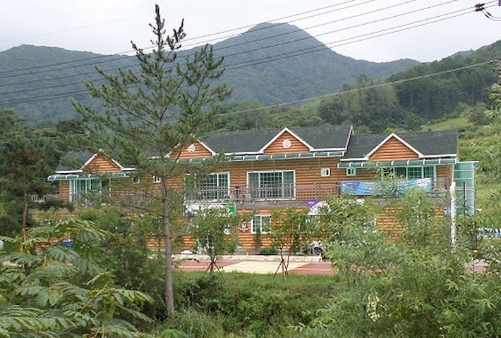 LODGE DEL REY w/Mountain & River 00 - Muju-gun  - Loft-asunto