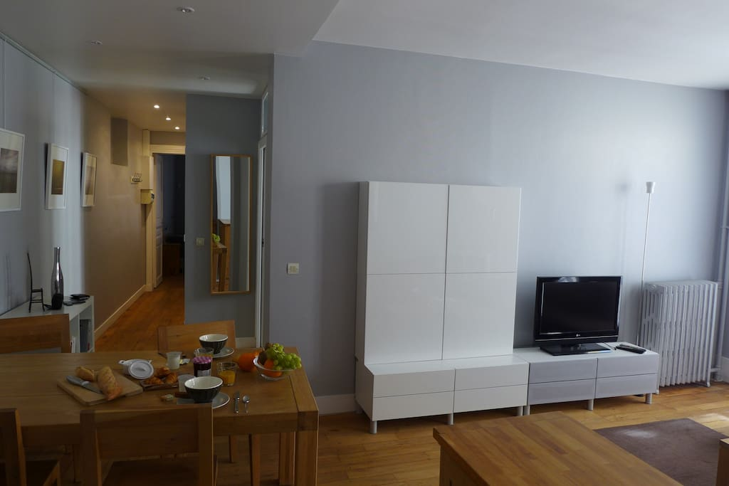 paris 15 porte de versaille appartements louer. Black Bedroom Furniture Sets. Home Design Ideas