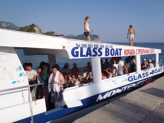 GLASS BOAT-MONTENEGRO STAR - Petrovac - Boot