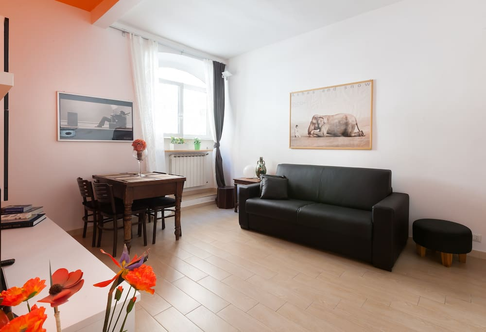 Barberini holiday house apartments in affitto a roma for Affitto appartamento barberini roma