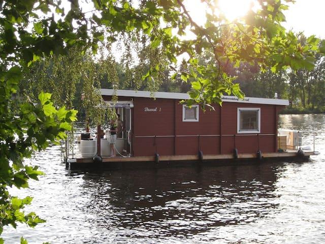 Hausboot DUVAL 1 - mit und ohne Führerschein!