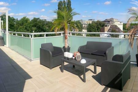 150m2 Penthouse Sauna 100m2 terrace - Oberhausen - Loft