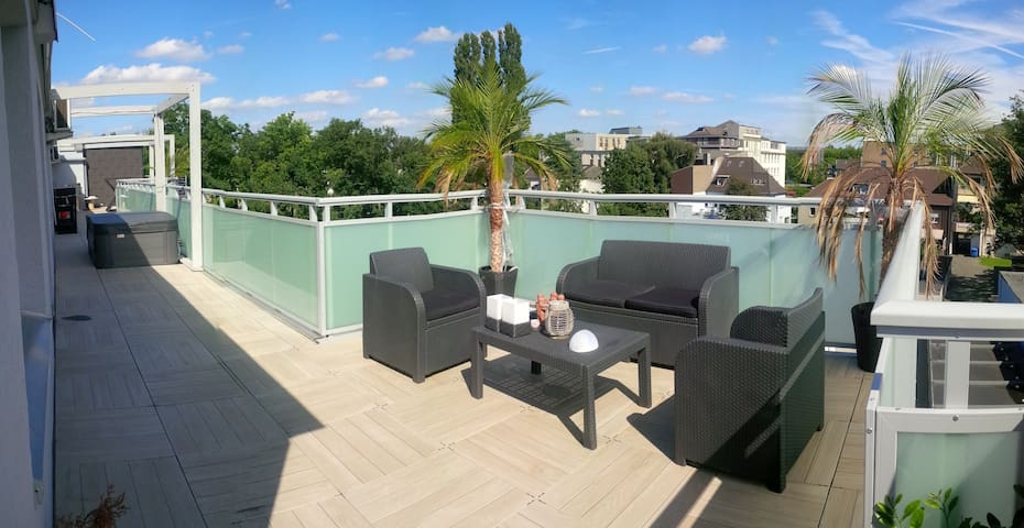 110m2 Penthouse & 100m2 SPA roof
